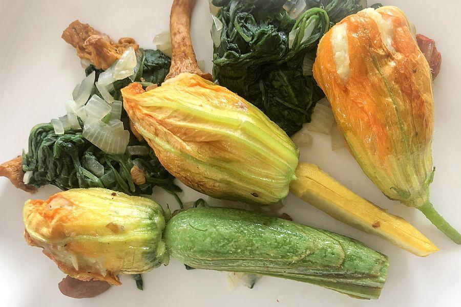 Gefüllte Zucchiniblüten - Rezept | Gourmetköchin Petra Braun-Lichter