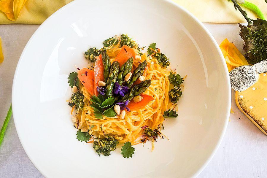 Karottentagliatelle - Rezeptbild | Gourmetköchin Petra Braun-Lichter